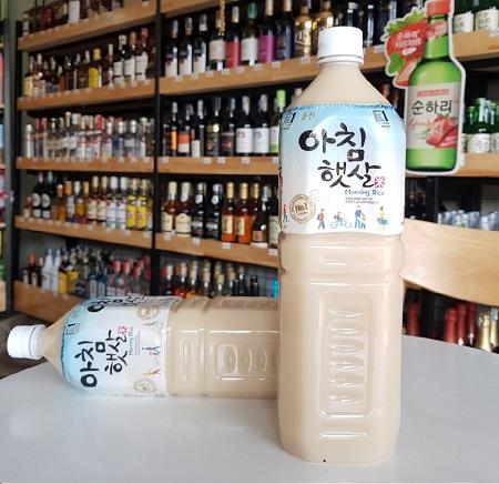 Nước Gạo Rang Hàn Quốc Woongjin Chai 1,5L